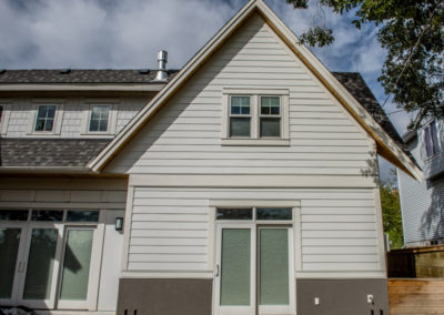 James Hardie Siding - Arctic White - Briar Hill