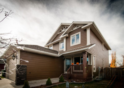 James Hardie Siding - Chestnut Brown - Airdrie